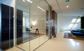 Interieur voor Six Advocaten, ontworpen door AbrahamsCrielaers.